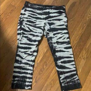 Nike dri fit crop tye dye leggings